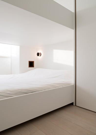 FB 1729 LAER appartement - knokke-heist - stapelbed maatwerk licht .jpg