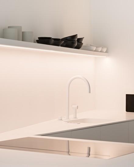 FB 1815 VLIEGER appartement - knokke-heist - maatwerk keuken wit