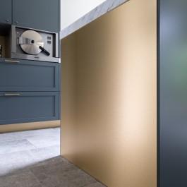 FB 1601 DESMET woning - keramische vloer brons blauw keuken maatwerk