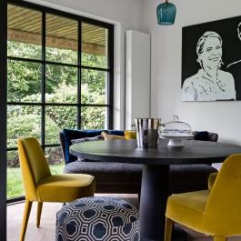 FB 1601 DESMET woning - kleurrijk meubilair design furniture steel door